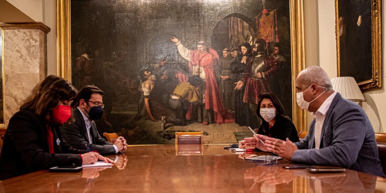 Paloma Hernández y Ramón Morales mantienen un encuentro con ALA